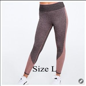 VS PINK SEAMLESS WORKOUT TIGHT LEGGING L